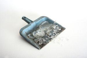 Servicio de limpieza de restos de cristales y limpieza de ventanas